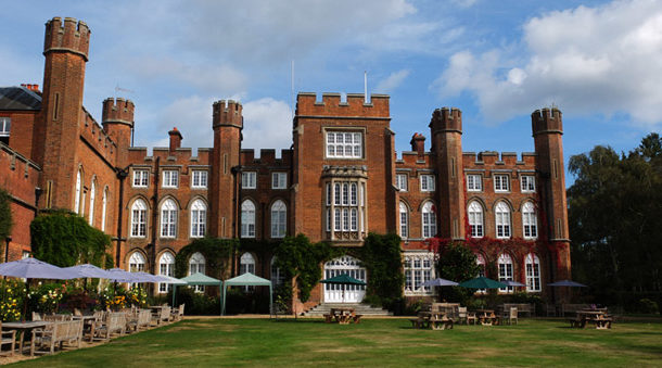 Right angle corporate events venues - Cumberland Lodge Venue - Berkshire