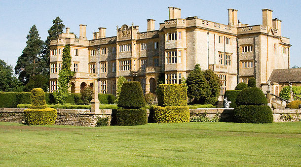Right Angle Corporate Events Venues - Eynsham Hall - Oxfordshire