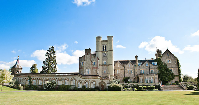 Right Angle Corporate Events Venues - Horsley Park, East Horsley