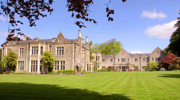 Right Angle Corporate Events Venues - Miskin Manor Country Hotel