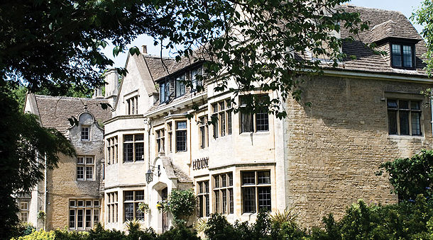 Hare & Hounds - Gloucestershire - Right Angle Corporate Events venues