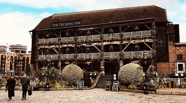 Right Angle Corporate Events Venues - The Dickens Inn - City of London