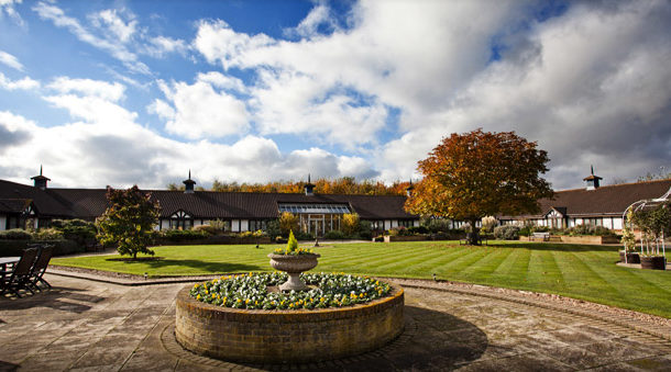 Right Angle Corporate Events Venues - Wyboston Lakes Resort - Bedforshire