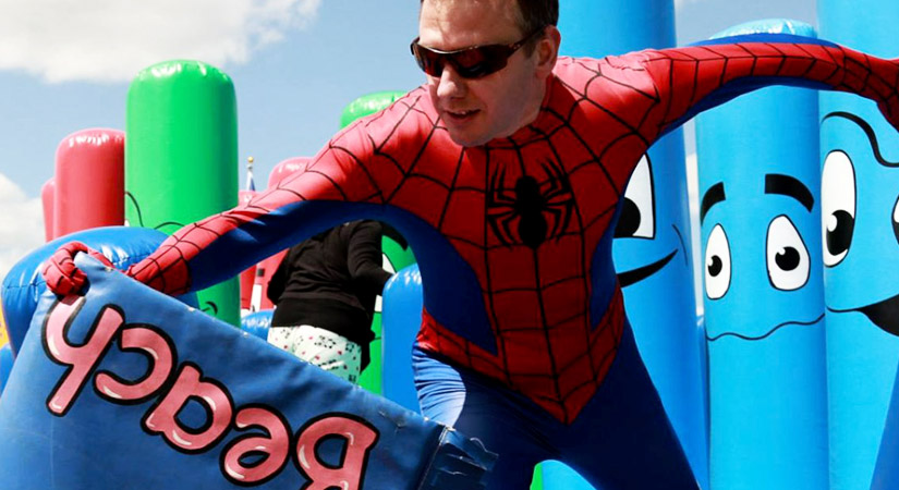 Top 40 Team Building Events in the UK - Right Angle Corporate - Its a knockout
