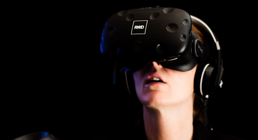 Top 40 Team Building Events in the UK - right Angle Corporate Events - Virtual Reality CSI