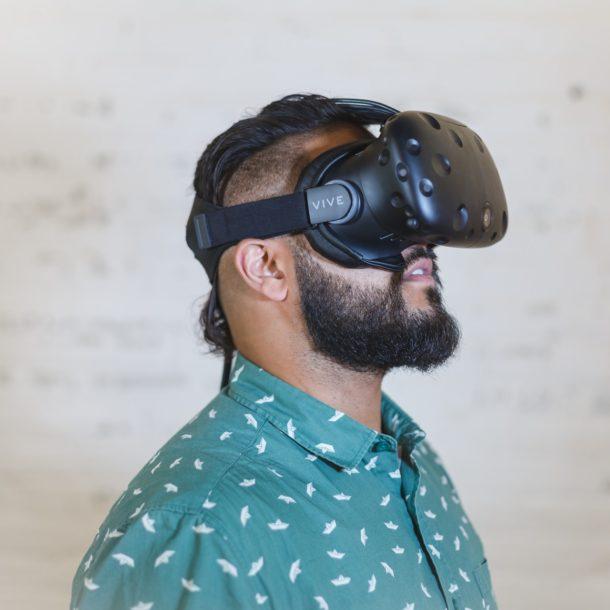 Man wearing VR
